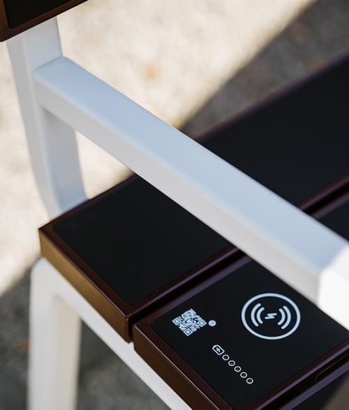 Ricarica wireless e sensore batteria